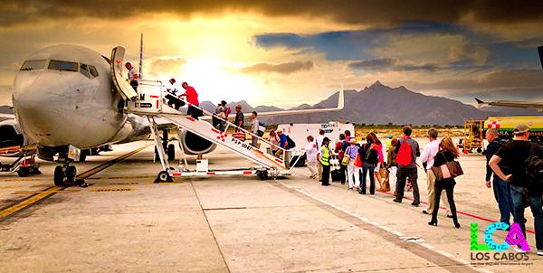 Los-Cabos-Airport-Departures-Board-Plane-11